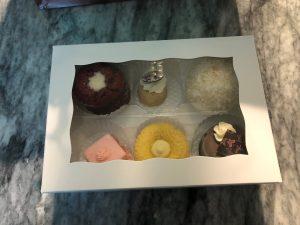 dark-chocolate-bakery-6-pack-gift-box
